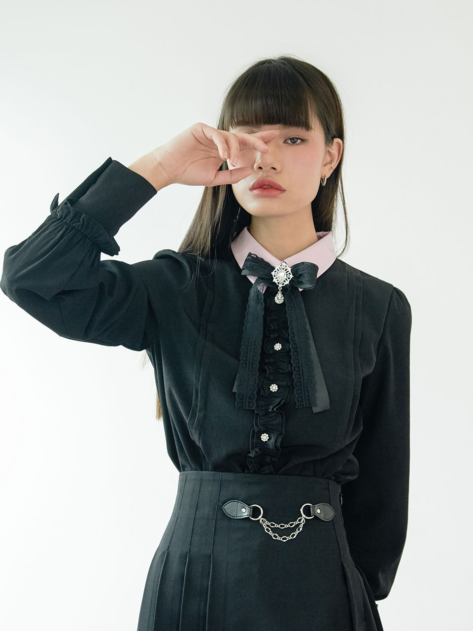 20SS Ribbon frill blouse (black)