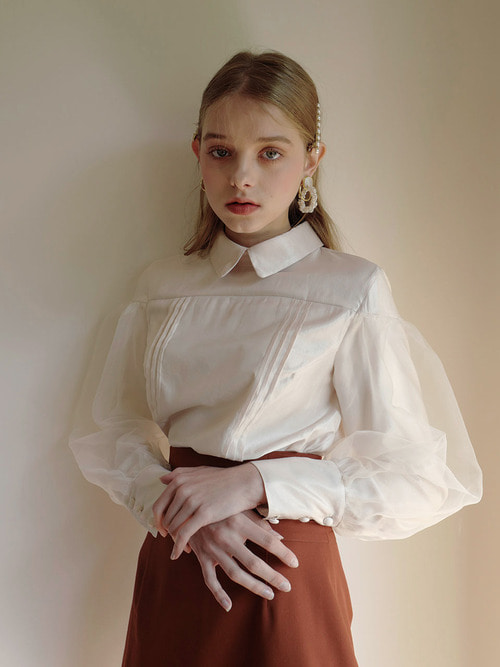 18AW Oganza layered blouse (Ivory)
