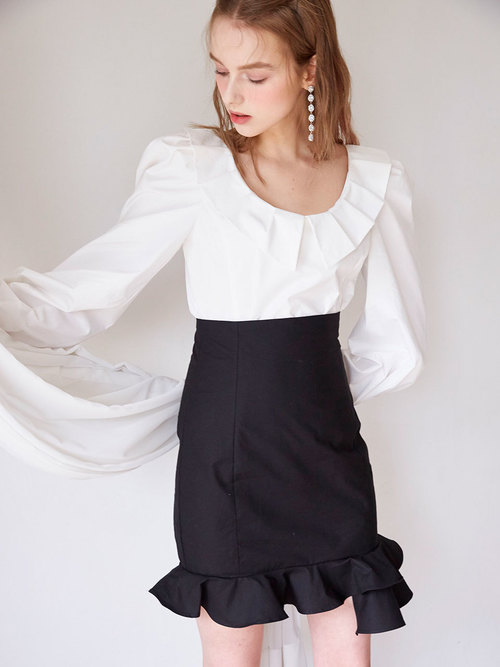 19SS Tuck collar blouse (Ivory)
